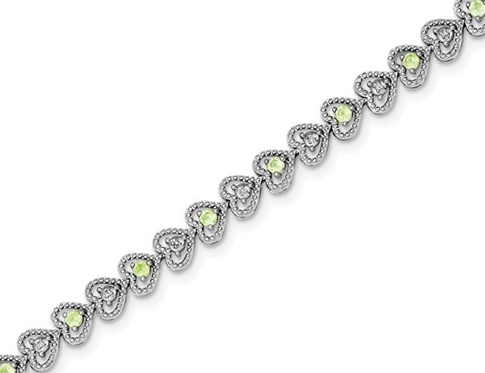 Natural Green Peridot Heart Bracelet 1.10 Carat (ctw) in Sterling Silver