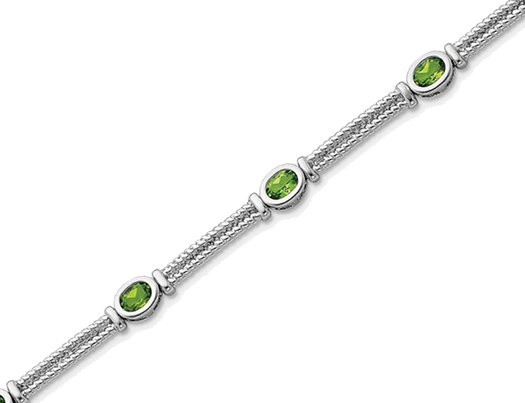 Natural Green Peridot Bracelet 2.50 Carat (ctw) in Sterling Silver