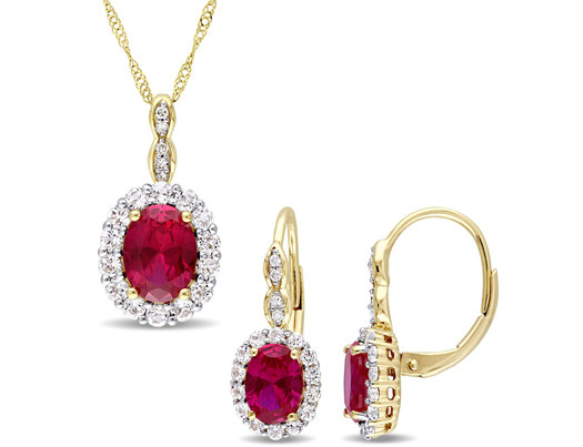 4.50 Carat (ctw) Lab Created  Ruby Earrings and Pendant Necklace Set in 14K Yellow Gold