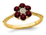 Natural Garnet Flower Ring 9/10 Carat (ctw) in 14K Yellow Gold