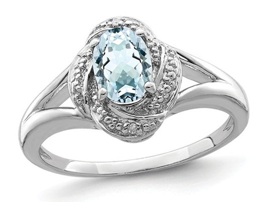 7/10 Carat (ctw) Oval-Cut Aquamarine Ring in Sterling Silver
