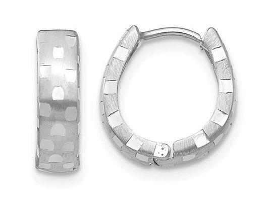14K White Gold Diamond Cut 4mm Patterned Hinged Huggie Hoop Earrings